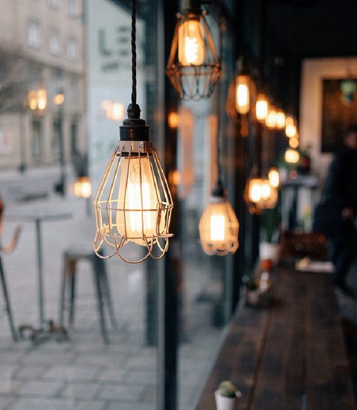 Génie électrique luminaire bar restaurant